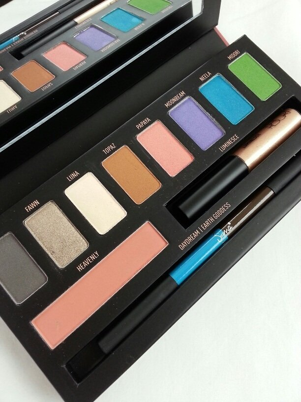 First Look Sigma Beauty RESORT Palette
