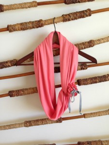 FER The Must Have Convertible Scarf
