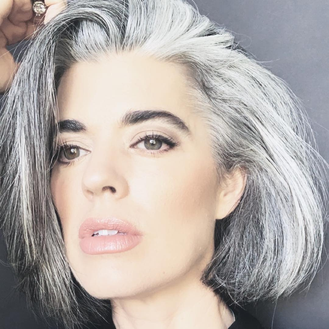 How to Apply Makeup for Grey Hair (Video)  Makeup For Gray Hair